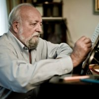 Krzysztof Penderecki : Poland's greatest living composer born #OnThisDay